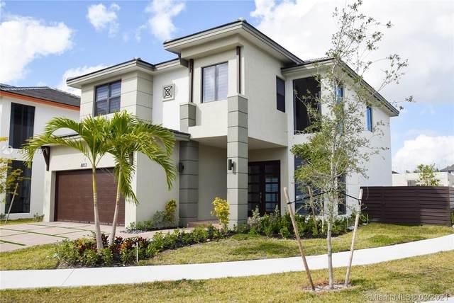 8833 NW 160Terr, Miami Lakes, FL 33018 (MLS #A11011797) :: Castelli Real Estate Services