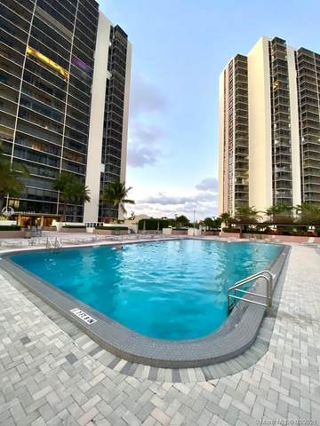 20301 W Country Club Dr #825, Aventura, FL 33180 (MLS #A11011885) :: Green Realty Properties