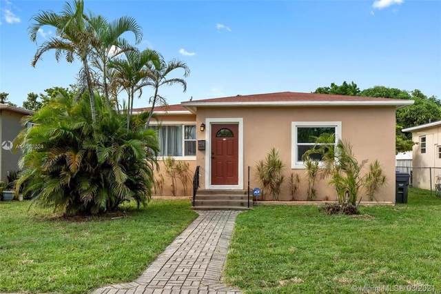 2519 Rodman St, Hollywood, FL 33020 (MLS #A11012024) :: The Riley Smith Group
