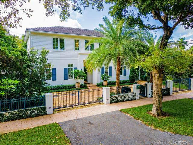 402 Vittorio Ave, Coral Gables, FL 33146 (MLS #A11012615) :: The Riley Smith Group