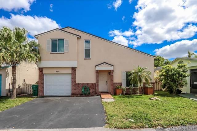 530 Radford Ter, Davie, FL 33325 (MLS #A11012637) :: Carole Smith Real Estate Team