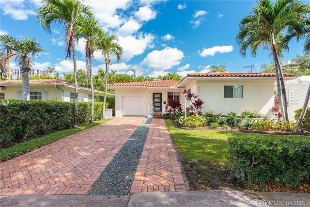 421 Sevilla Ave, Coral Gables, FL 33134 (MLS #A11013181) :: The Paiz Group
