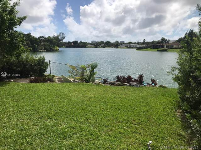 2050 NE 196th Ter, North Miami Beach, FL 33179 (MLS #A11013392) :: The Howland Group