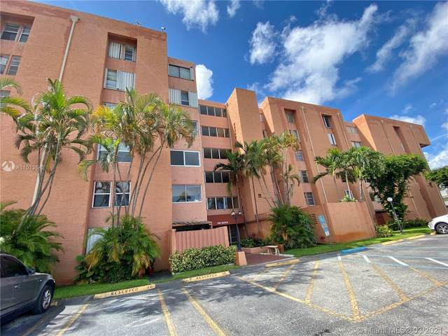 750 NW 43rd Ave #312, Miami, FL 33126 (MLS #A11013582) :: The Riley Smith Group