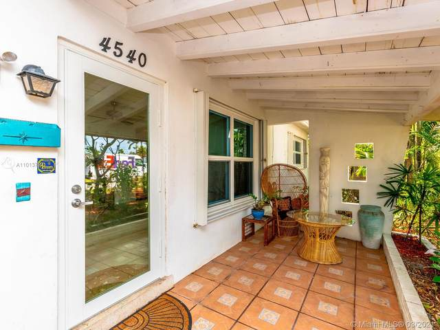 4540 SW 34th Ave, Dania Beach, FL 33312 (MLS #A11013797) :: The Jack Coden Group
