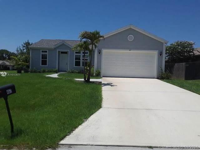 467 SE Entrada St, Palm Bay, FL 32909 (MLS #A11013871) :: The Riley Smith Group