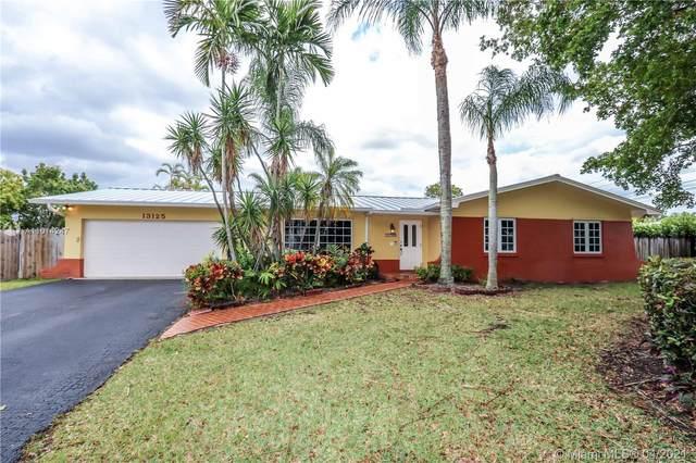 13125 SW 112th Ct, Miami, FL 33176 (MLS #A11014247) :: Patty Accorto Team