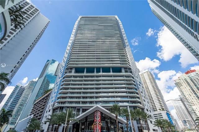 1300 Brickell Bay Dr #4104, Miami, FL 33131 (MLS #A11014590) :: Castelli Real Estate Services