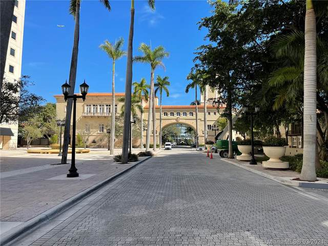 888 S Douglas Rd #813, Coral Gables, FL 33134 (MLS #A11015129) :: Prestige Realty Group