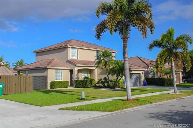 Miami, FL 33196 :: The Riley Smith Group