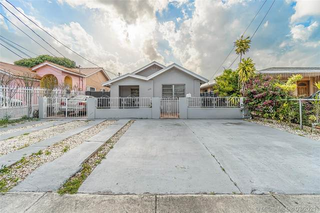 420 NW 57th Ct, Miami, FL 33126 (MLS #A11016403) :: The Jack Coden Group