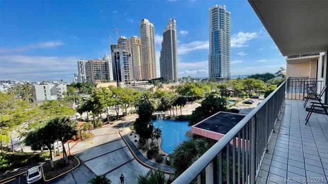 210 174th St #612, Sunny Isles Beach, FL 33160 (MLS #A11016442) :: The Riley Smith Group