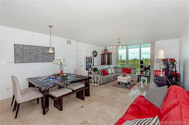 14951 Royal Oaks Ln #902, North Miami, FL 33181 (MLS #A11016637) :: The Riley Smith Group