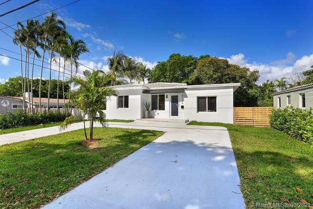 9104 NE 10th Ave, Miami Shores, FL 33138 (MLS #A11017009) :: The Jack Coden Group
