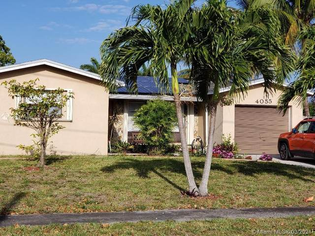 4055 SW 56th Ave, Davie, FL 33314 (MLS #A11017094) :: The Jack Coden Group