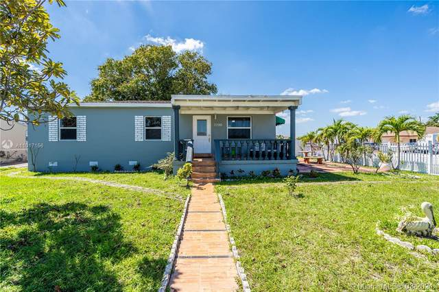 3390 E 1st Ave, Hialeah, FL 33013 (MLS #A11017156) :: The Jack Coden Group