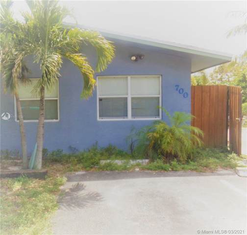 700 NE 25th St, Pompano Beach, FL 33064 (#A11017232) :: Posh Properties