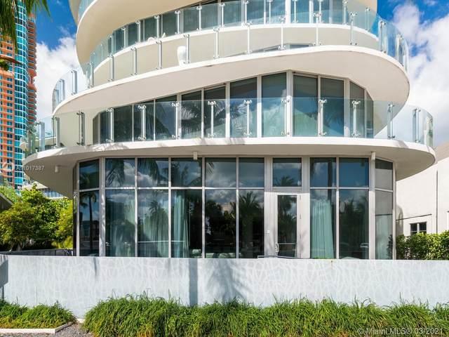 1 Collins Ave #106, Miami Beach, FL 33139 (#A11017387) :: Posh Properties