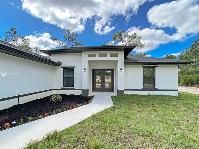 7979 19th Place, La Belle, FL 33935 (MLS #A11017445) :: Berkshire Hathaway HomeServices EWM Realty
