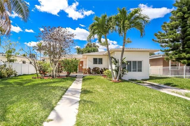 7528 Buccaneer Ave, North Bay Village, FL 33141 (MLS #A11017458) :: Carlos + Ellen