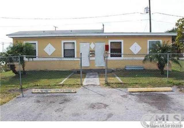 908 SW Avenue D, Belle Glade, FL 33430 (MLS #A11017520) :: Green Realty Properties