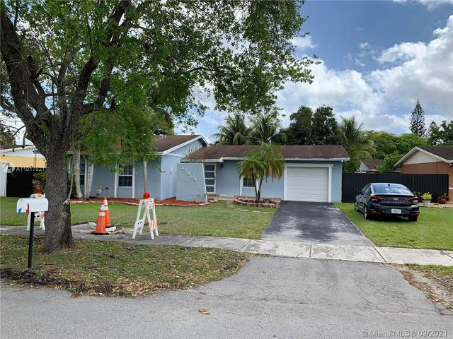 13404 SW 73rd Ter, Miami, FL 33183 (MLS #A11017521) :: The Riley Smith Group