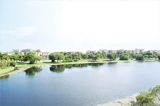 9359 Fontainebleau Blvd F415, Miami, FL 33172 (MLS #A11017536) :: Compass FL LLC