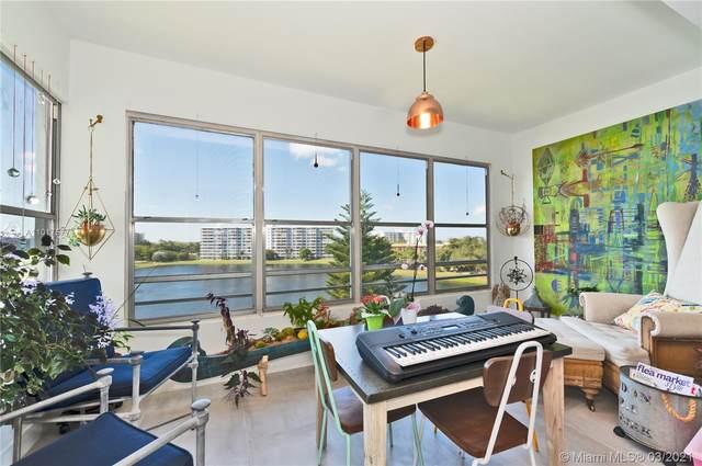 2751 N Palm Aire Dr #610, Pompano Beach, FL 33069 (MLS #A11017577) :: Re/Max PowerPro Realty