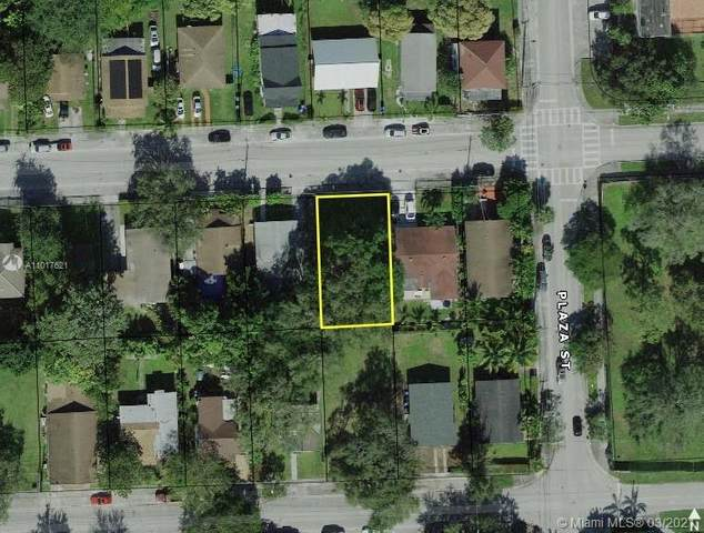 3620 Oak Ave, Miami, FL 33133 (MLS #A11017621) :: The Jack Coden Group