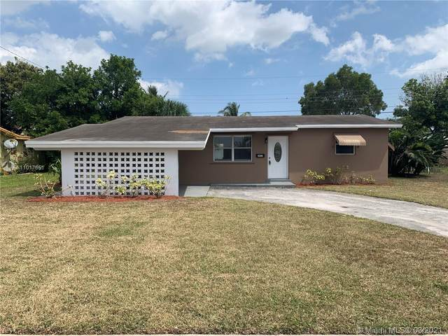 3410 NW 43rd Ter, Lauderdale Lakes, FL 33319 (MLS #A11017651) :: The Rose Harris Group