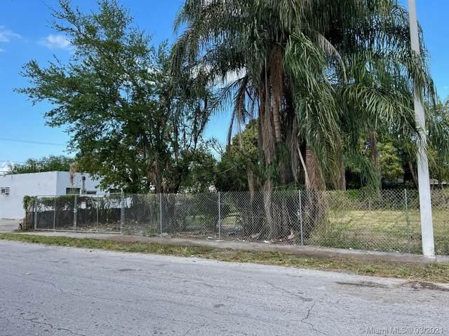 2895 NW 45th St, Miami, FL 33142 (MLS #A11017904) :: Compass FL LLC
