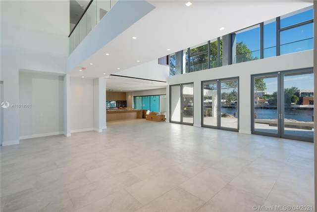 3250 NE 56th Ct, Fort Lauderdale, FL 33308 (MLS #A11018061) :: The Jack Coden Group