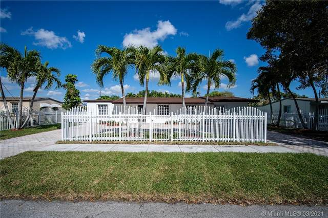 5345 SW 99th Ave, Miami, FL 33165 (MLS #A11018285) :: The Riley Smith Group
