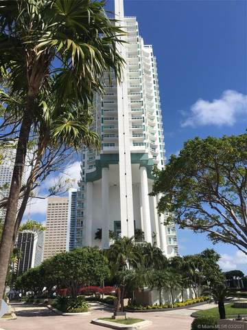 900 Brickell Key Blvd Ph3403, Miami, FL 33131 (MLS #A11018688) :: Castelli Real Estate Services
