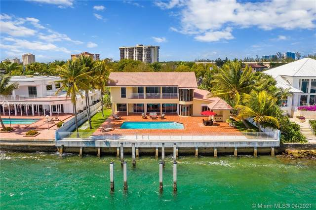 13155 Biscayne Bay Dr, North Miami, FL 33181 (MLS #A11019040) :: The Jack Coden Group