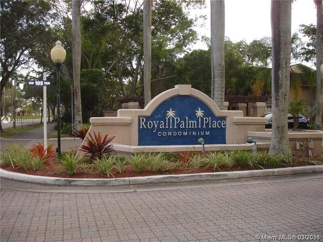 15770 SW 104th Ter #204, Miami, FL 33196 (MLS #A11019082) :: The Riley Smith Group