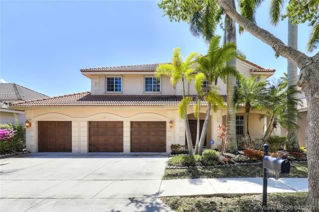 944 Crestview Cir, Weston, FL 33327 (MLS #A11019359) :: The Howland Group