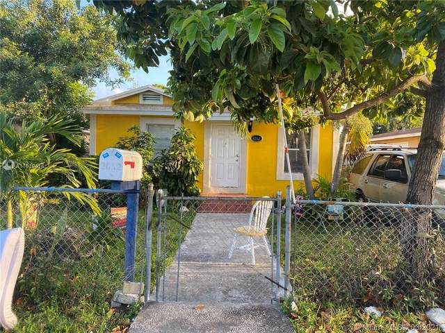 3052 NW 57th St, Miami, FL 33142 (MLS #A11019414) :: The Teri Arbogast Team at Keller Williams Partners SW