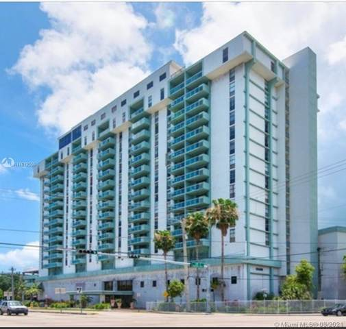 13499 Biscayne Blvd #403, North Miami, FL 33181 (MLS #A11019586) :: The Teri Arbogast Team at Keller Williams Partners SW