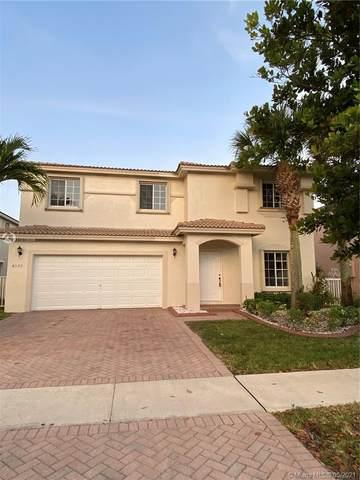 4577 SW 129th Ave, Miramar, FL 33027 (MLS #A11019598) :: Patty Accorto Team