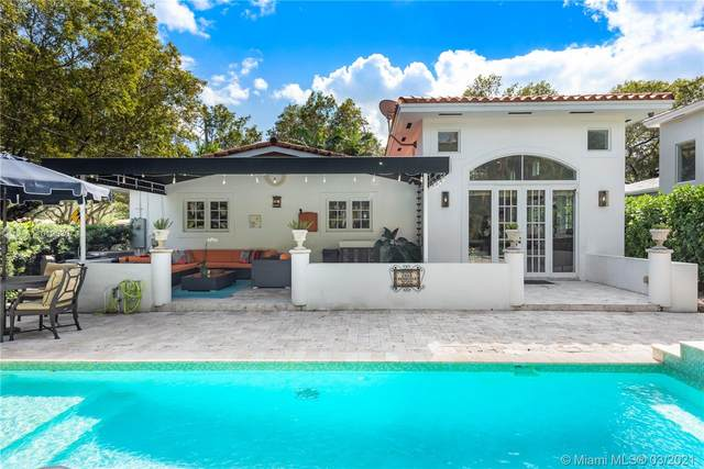501 Sevilla Ave, Coral Gables, FL 33134 (MLS #A11019630) :: The Paiz Group