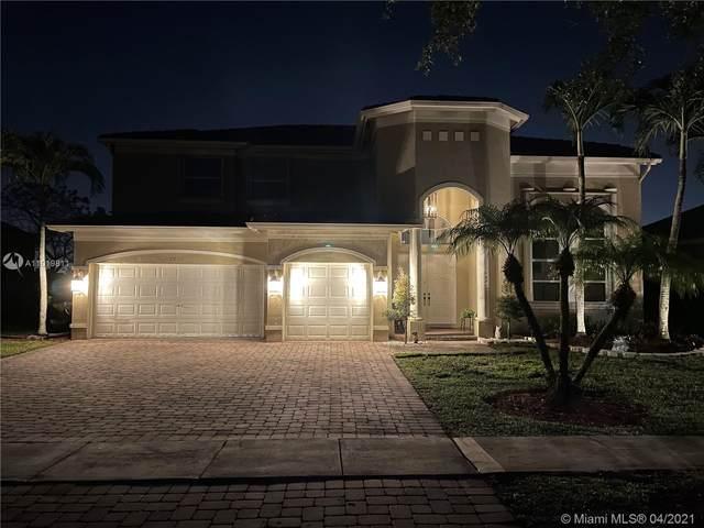 2211 SW 129th Ave, Miramar, FL 33027 (MLS #A11019811) :: The Paiz Group