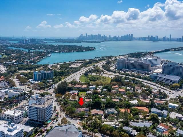4150 Nautilus Dr, Miami Beach, FL 33140 (MLS #A11019829) :: Lucido Global