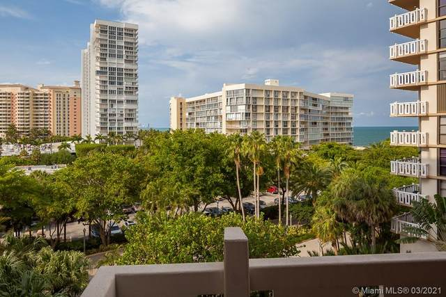1121 Crandon Blvd E503, Key Biscayne, FL 33149 (MLS #A11019842) :: The Riley Smith Group