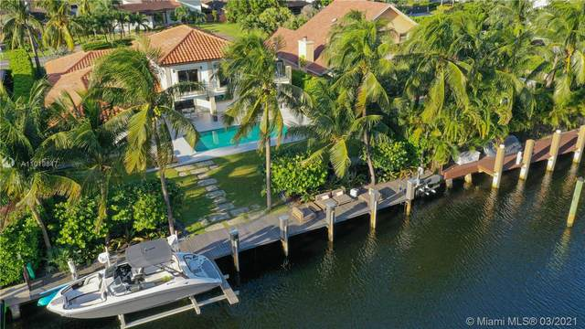 415 Holiday Dr, Hallandale Beach, FL 33009 (MLS #A11019847) :: The Howland Group