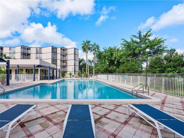6955 NW 186th St F102, Hialeah, FL 33015 (MLS #A11019906) :: The Riley Smith Group