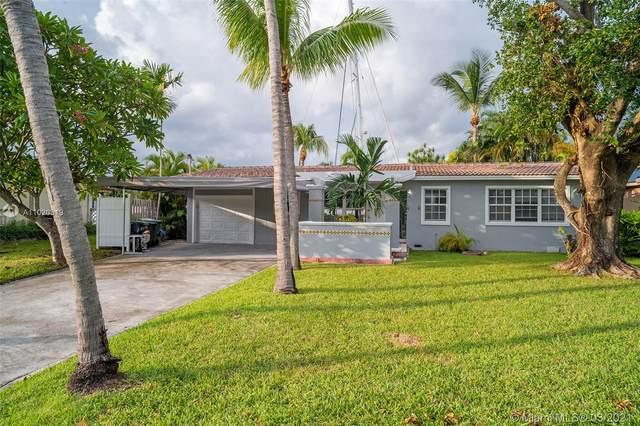 1607 SE 14th St, Fort Lauderdale, FL 33316 (MLS #A11020319) :: The Paiz Group