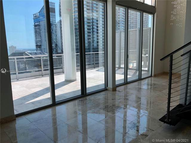 690 SW 1st Ct #2910, Miami, FL 33130 (MLS #A11020372) :: The Riley Smith Group