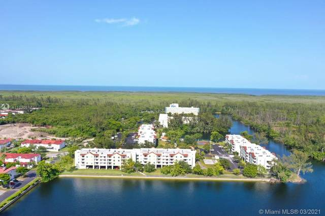 8240 SW 210th St #320, Cutler Bay, FL 33189 (MLS #A11020517) :: The Riley Smith Group
