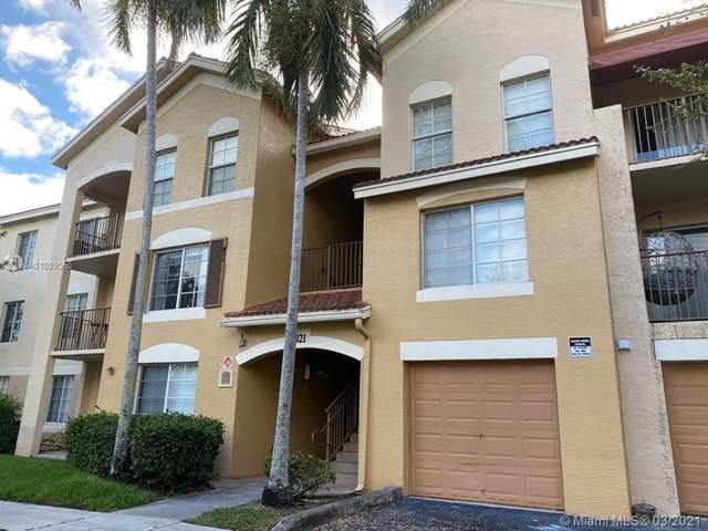 4021 San Marino Blvd #301, West Palm Beach, FL 33409 (MLS #A11020565) :: The Riley Smith Group